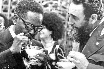 Augostinho Neto avec Fidel Castro