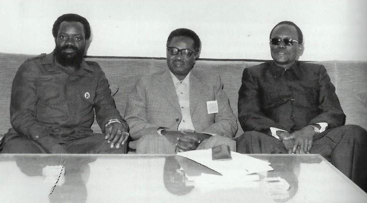 Savimbi, Neto e Holden