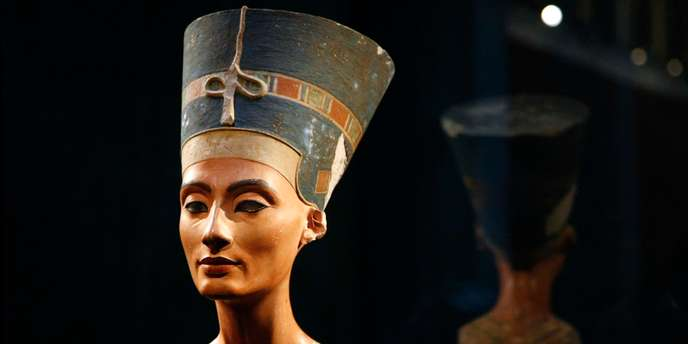 File photo of bust of Queen Nefertiti at 'Neues Museum' building in Berlin