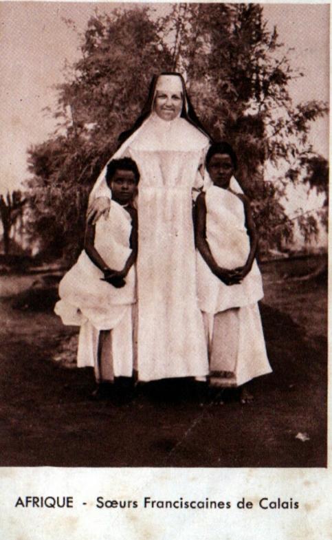 Franciscaine_de_Calais_en_Afrique