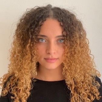 LABBÉ Morgane, étudiante en M2 Relations internationales et actions à l'étranger et membre active à ESMA.